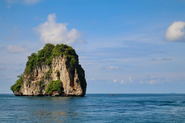krabi dive sites local